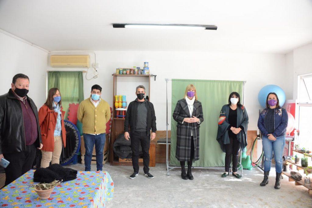 Rodenas visitó el SAMCo de El Pozo y entregó aportes para equipamiento