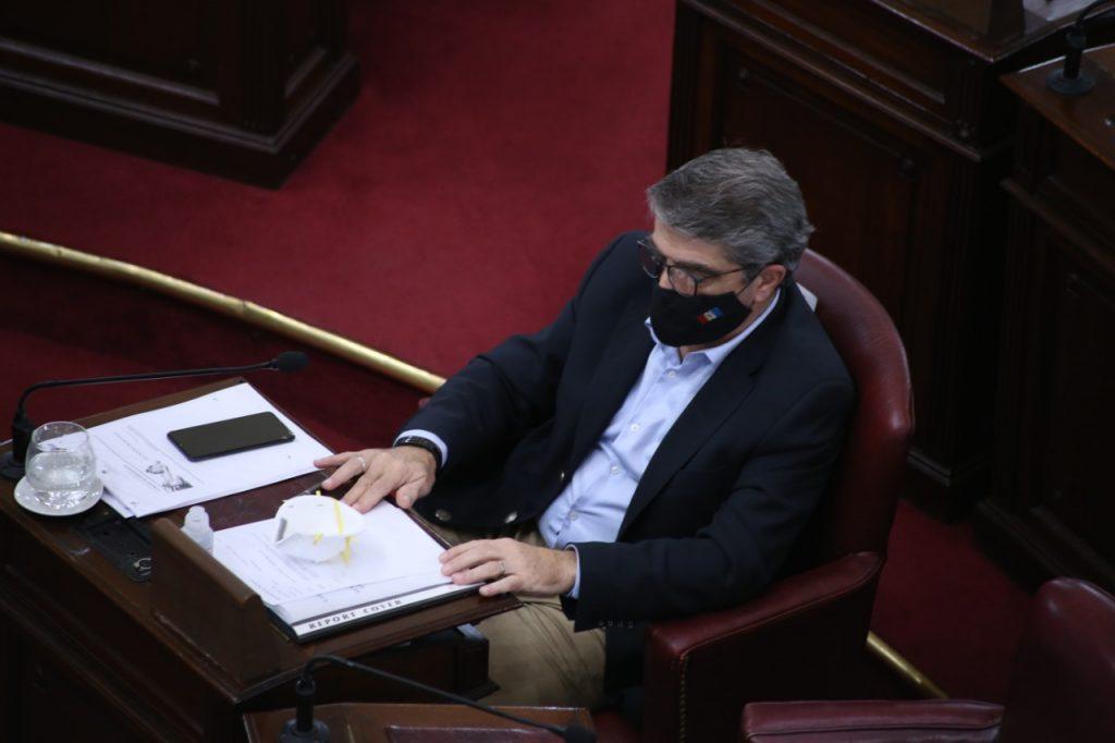 Traferri formalizó un pedido al Ejecutivo provincial para que haya más laboratorios que realicen hisopados