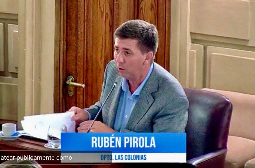 """Pirola: """"Se avanzó y mucho en el sistema de salud, pero el nivel de contagios alarma"""""""